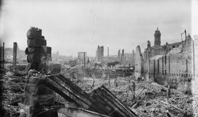 Aftermath_of_San_Francisco_earthquake,_1906